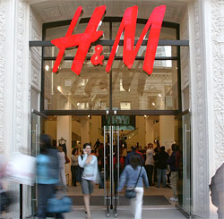 H&M will offer online shopping