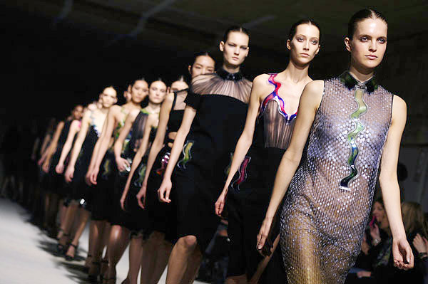 Christopher Kane Spring 2011 fashion show