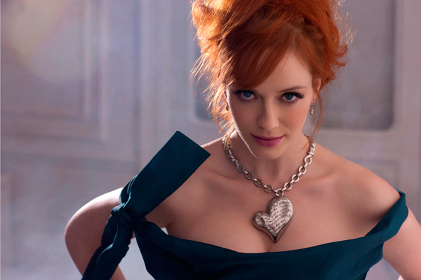 Christina Hendricks Vivienne Westwood palladium chain necklace with heart pendant