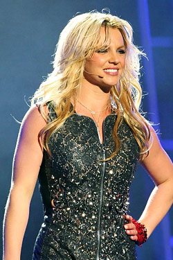 britney spears sued over fragrance line