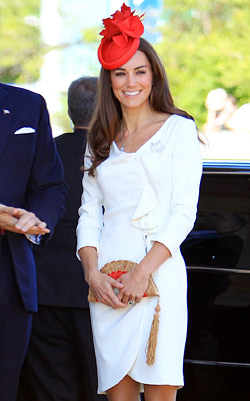 kate middleton named queen of high street fashion