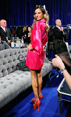 backstage victoria's secret fashion show