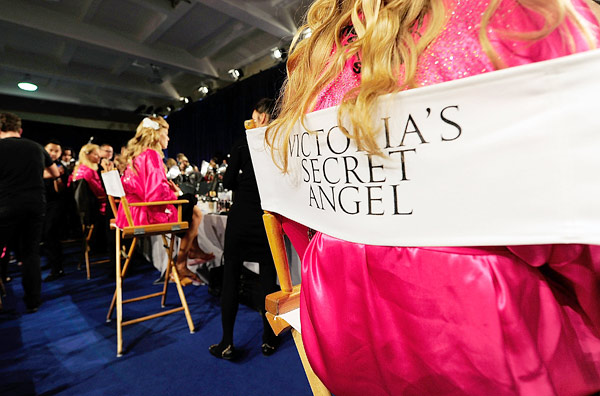 victoria's secret backstage