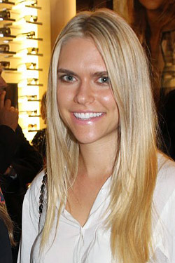 lauren scruggs lolo injured in plane propellor accident