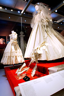 Princess Diana Dress Exhibition Mall of America
