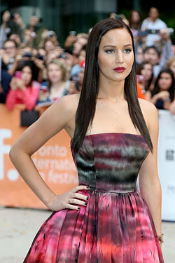 Jennifer Lawrence dark hair hunger games tiff