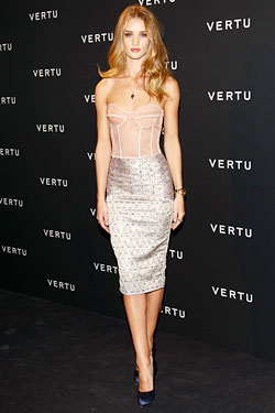 Rosie Huntington-Whiteley Richard Nicoll Resort 2012 strapless dress